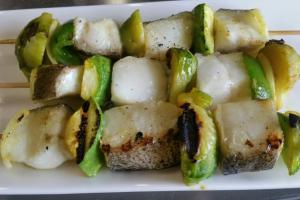 Шашлычки из палтуса с овощами